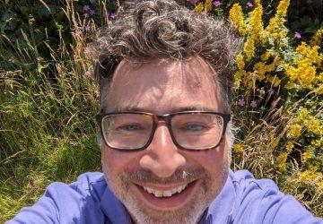 Rod Hahlo life coach in garden
